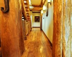 hallway-ae