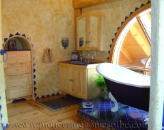 gaviota-pc-bathroom