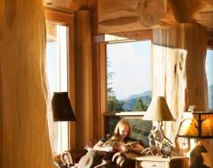 grants-pass-lg-living-room