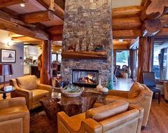 living-room-df