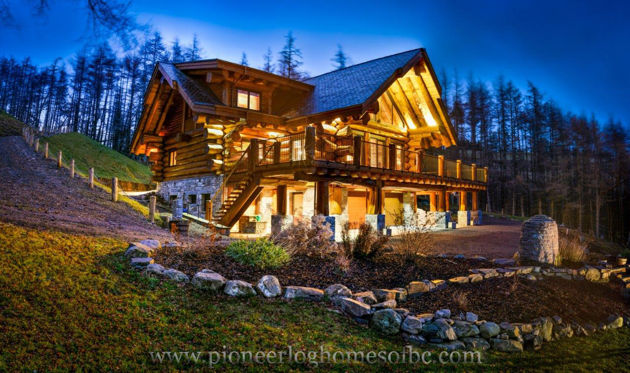 Custom log homes picture gallery bc canada for Log cabins homes