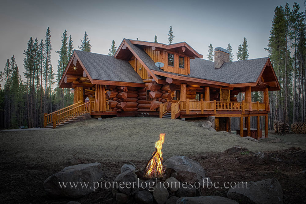 Custom Log Homes Picture Gallery | BC, Canada on bouquet floral designs, modular designs, front porch with columns designs, cabin designs, log siding, view front house designs, cottage designs, log dream homes, stilt house designs, log countertop ideas, dutch designs, farmhouse designs, log modular homes, log art, log fence design, kitchen designs, log building, farm designs, log furniture, bungalow designs,