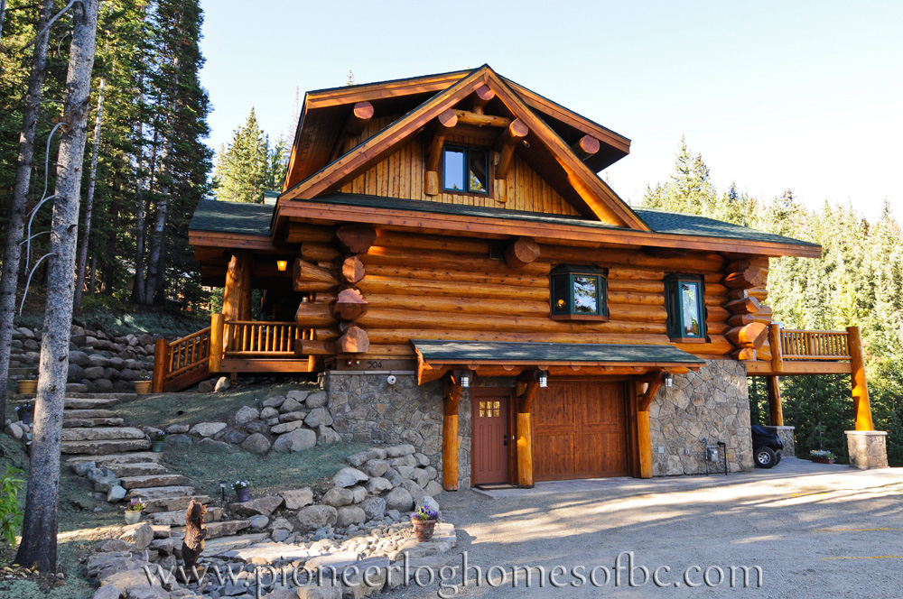view our gallery of custom log homes here. Black Bedroom Furniture Sets. Home Design Ideas