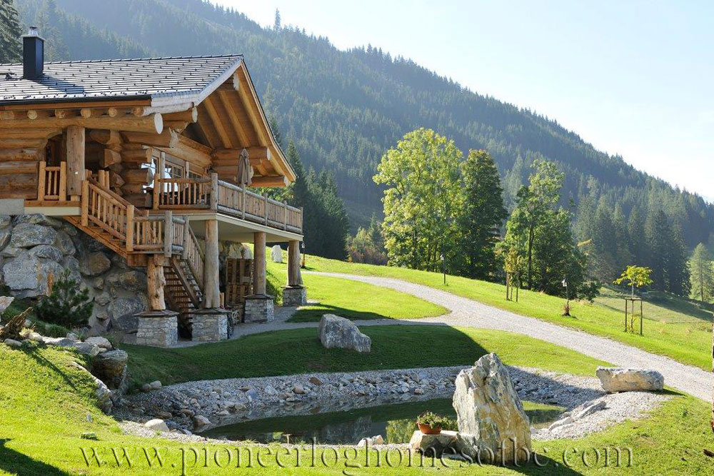 Exterior: Woodridge Luxury Log Chalets Picture Gallery
