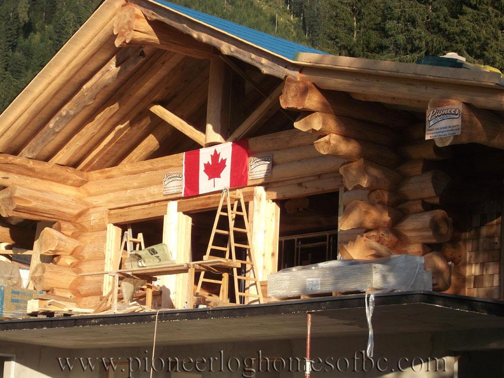 woodridge-set-roof