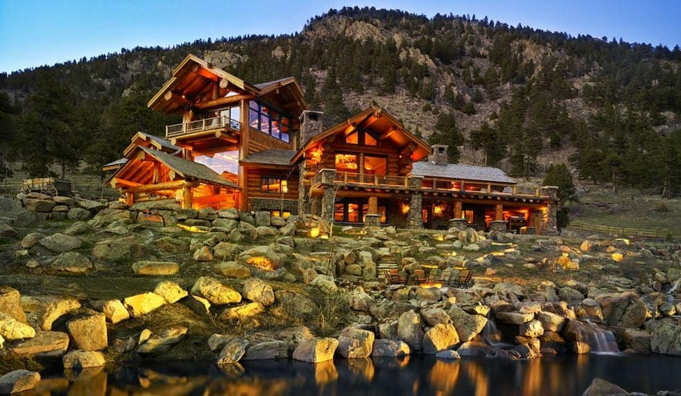 Why Western Red Cedar Is Ideal For Log Cabin Homes