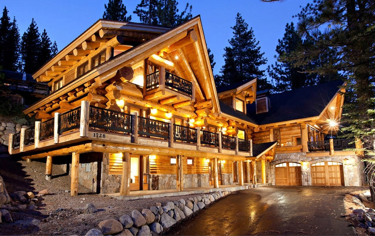 pioneer log homes of bc high sierra 6696 sf pioneer log homes of bc. Black Bedroom Furniture Sets. Home Design Ideas