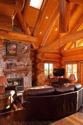 400 fill Living Room ap