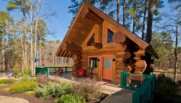tamarack log cabin pioneer log homes